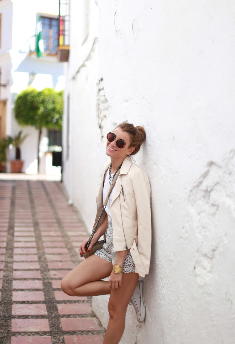 Leo shorts & perfecto jacket in Marbella-69947-bartabacmode