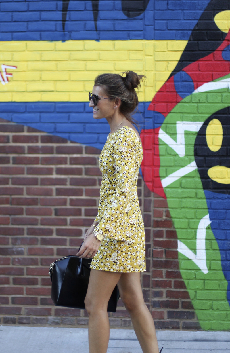 NYFW . IT'S WILLIAMSBURG TIME-86033-bartabacmode