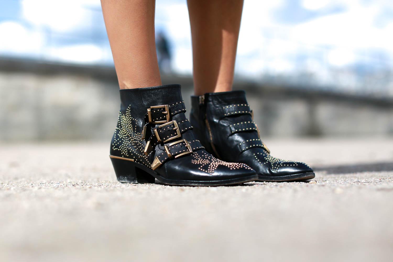 bartabac paris total black iro perfecto chloe boots chanel bag-14
