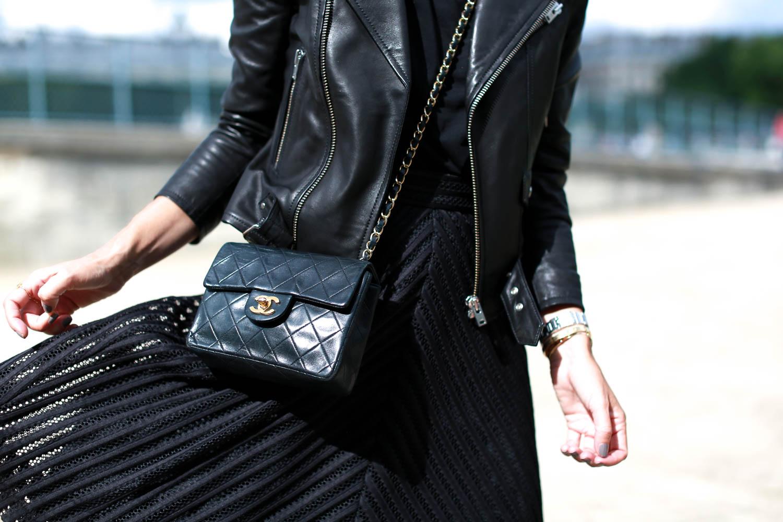 bartabac paris total black iro perfecto chloe boots chanel bag-15