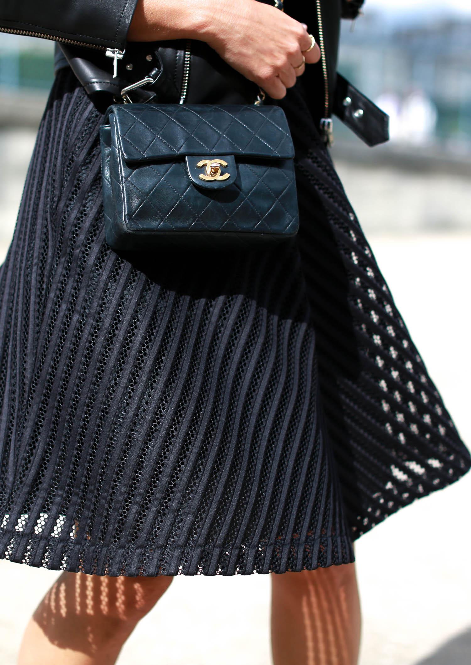 bartabac paris total black iro perfecto chloe boots chanel bag-16