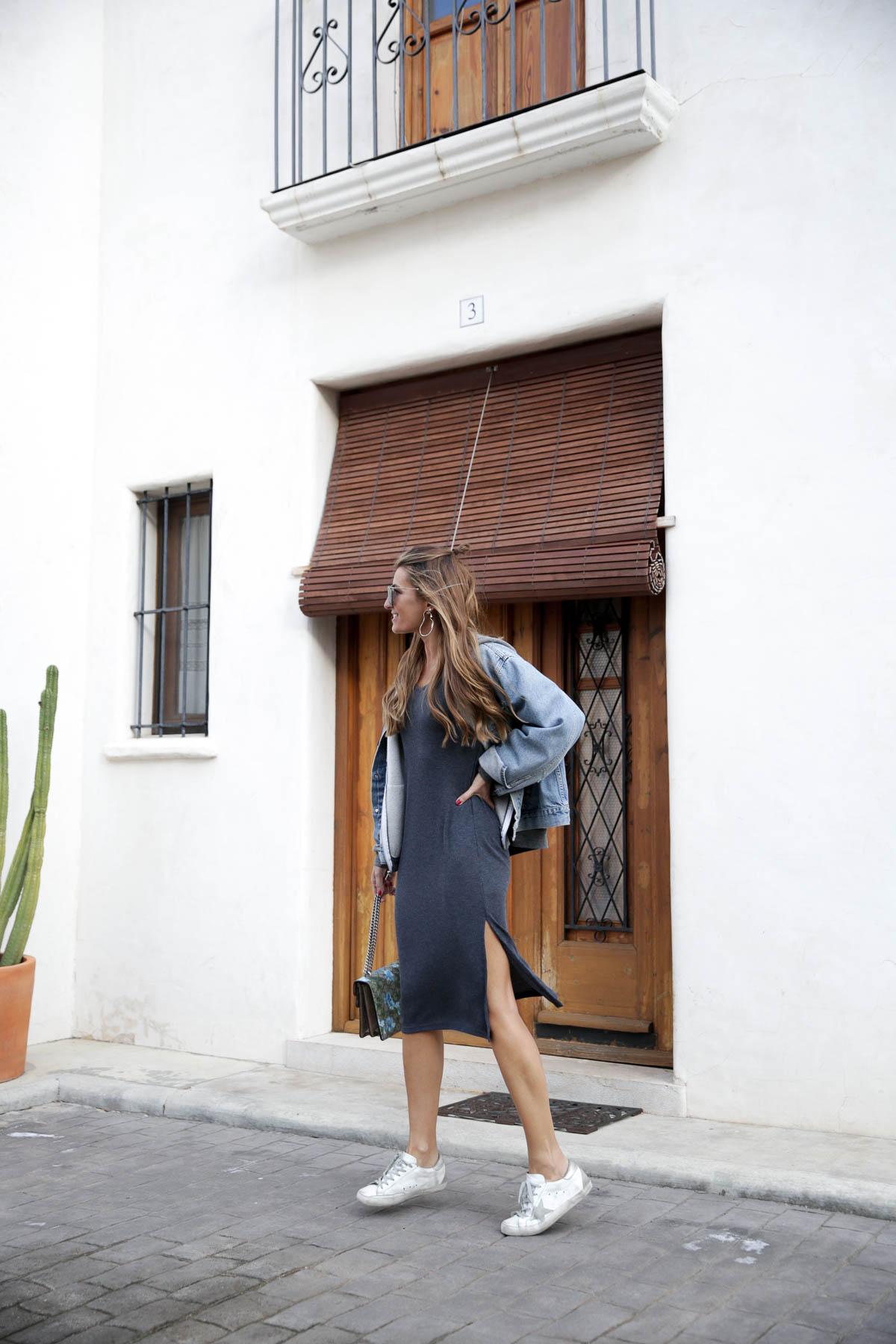 black-friday-a-bicyclette-sweatshirt-hoodie-all-star-leather-piel-cuero-celine-bag-bolso-mini-skirt-falda-streetstyle-look-bartabac-outfit-moda-blogger-2