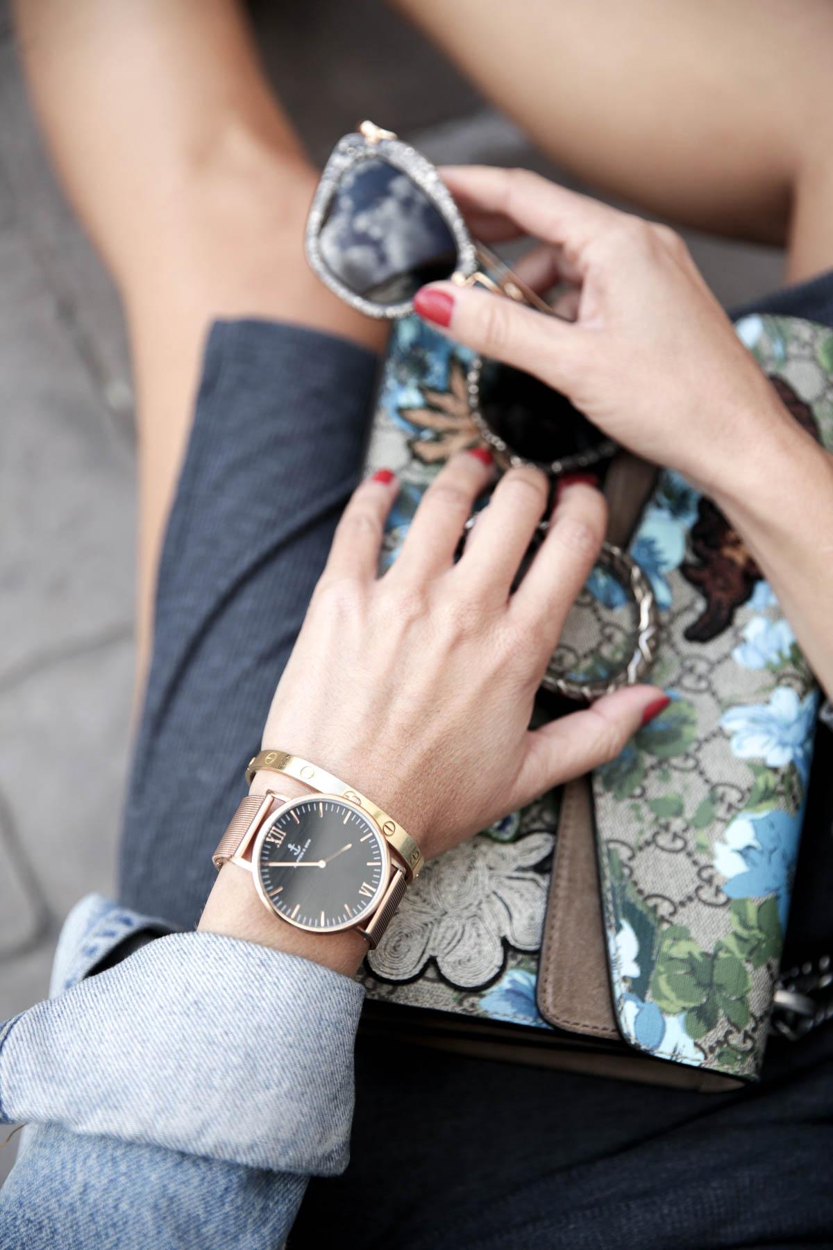 black-friday-a-bicyclette-sweatshirt-hoodie-all-star-leather-piel-cuero-celine-bag-bolso-mini-skirt-falda-streetstyle-look-bartabac-outfit-moda-blogger-21