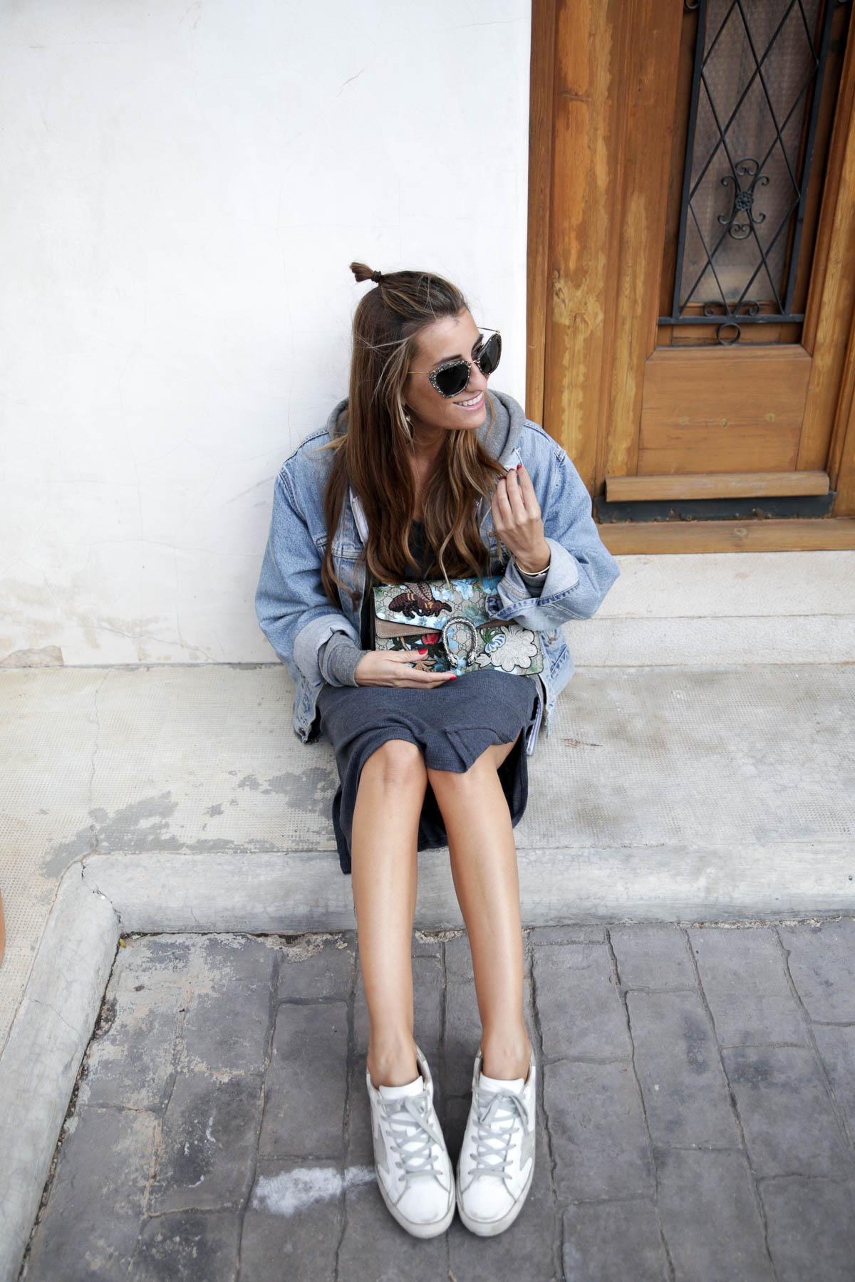 black-friday-a-bicyclette-sweatshirt-hoodie-all-star-leather-piel-cuero-celine-bag-bolso-mini-skirt-falda-streetstyle-look-bartabac-outfit-moda-blogger-27