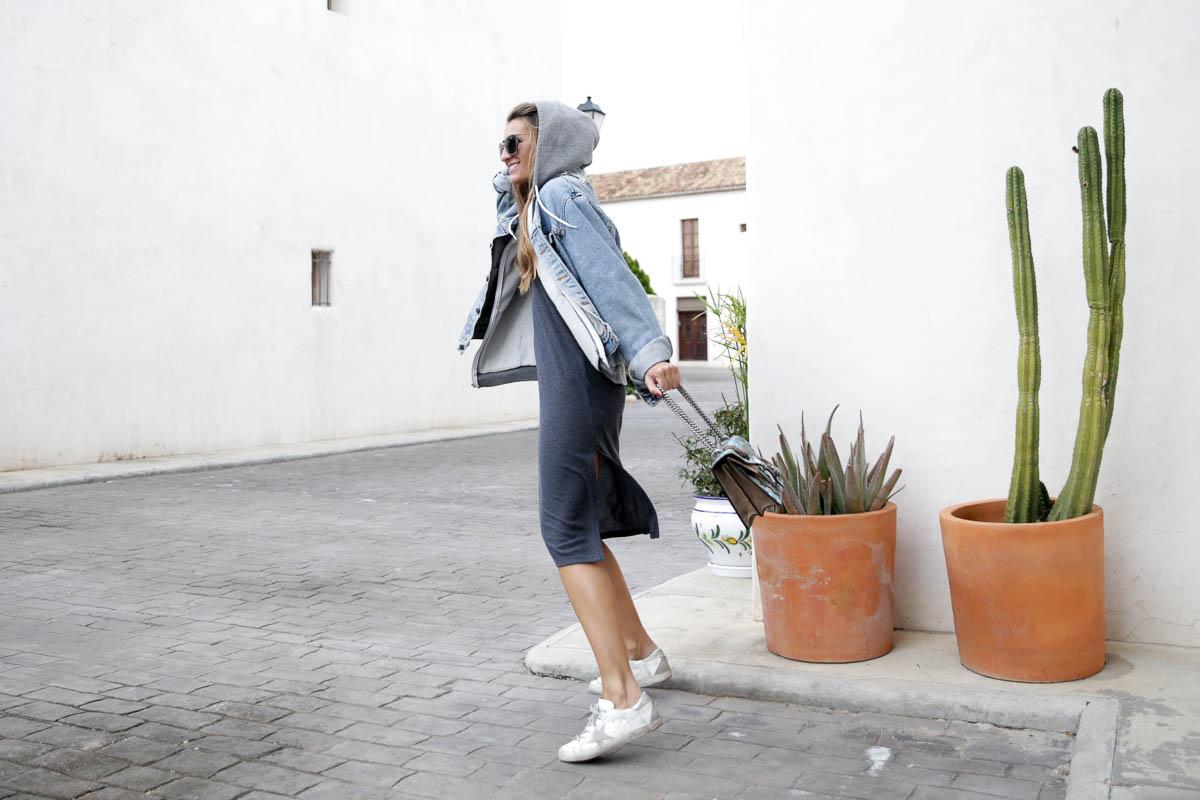 black-friday-a-bicyclette-sweatshirt-hoodie-all-star-leather-piel-cuero-celine-bag-bolso-mini-skirt-falda-streetstyle-look-bartabac-outfit-moda-blogger-6