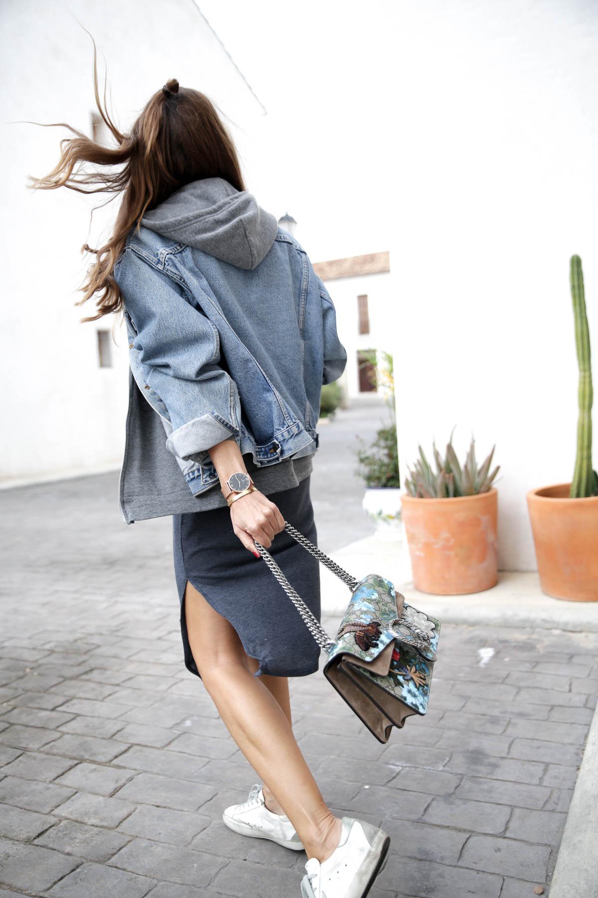 black-friday-a-bicyclette-sweatshirt-hoodie-all-star-leather-piel-cuero-celine-bag-bolso-mini-skirt-falda-streetstyle-look-bartabac-outfit-moda-blogger-7