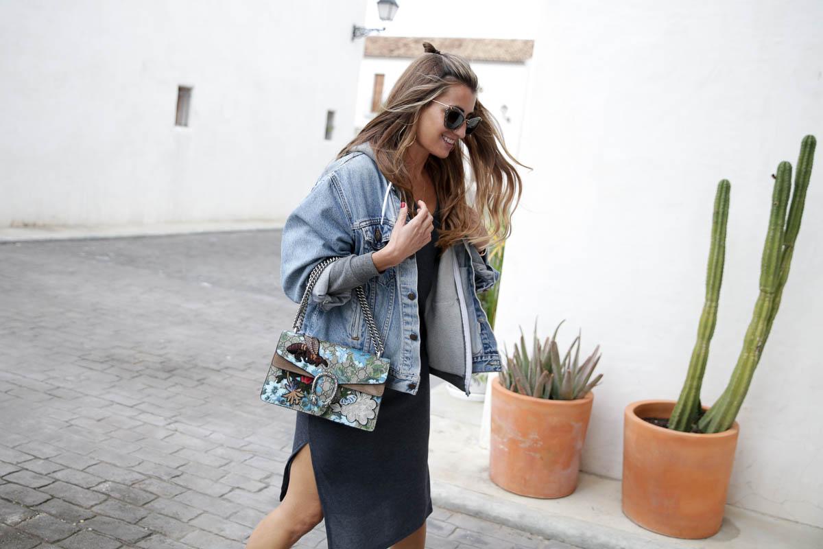 black-friday-a-bicyclette-sweatshirt-hoodie-all-star-leather-piel-cuero-celine-bag-bolso-mini-skirt-falda-streetstyle-look-bartabac-outfit-moda-blogger-8