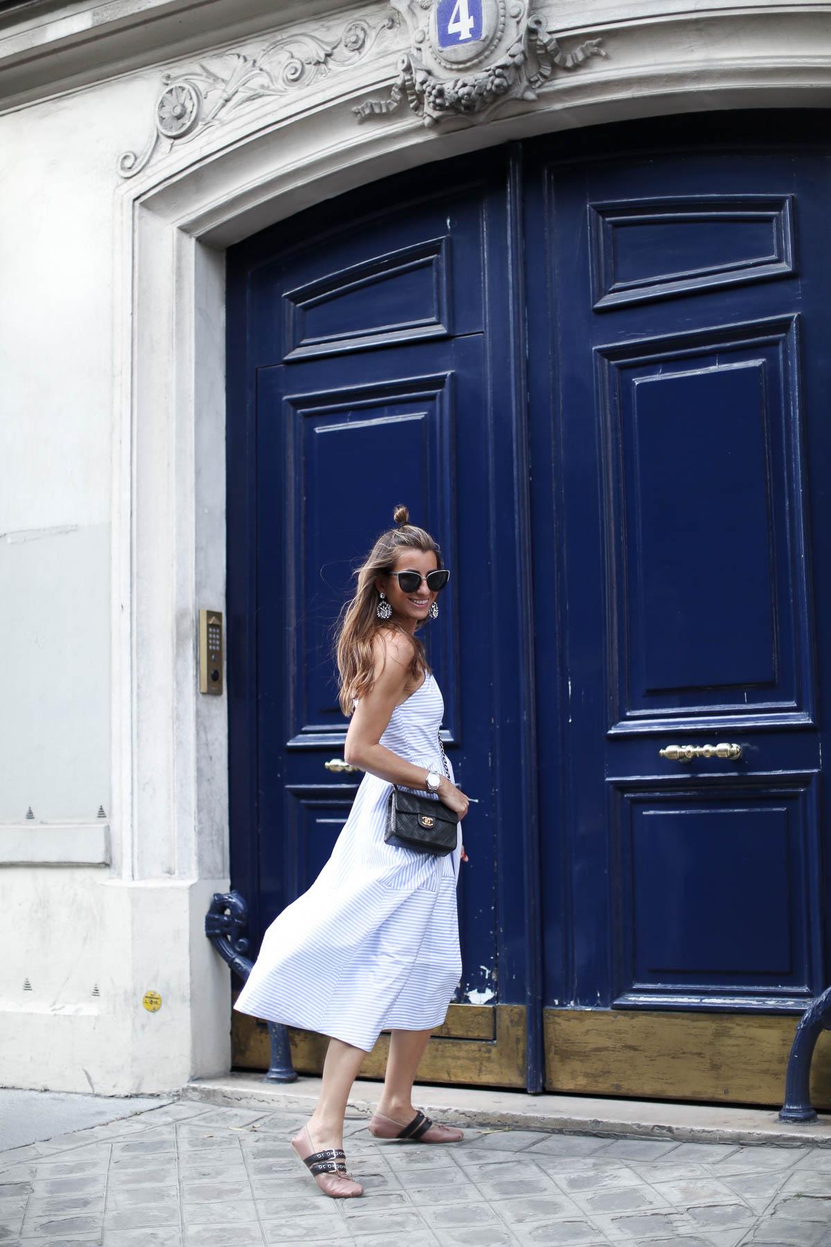 THE BLUE DOOR . PARIS-101278-bartabacmode