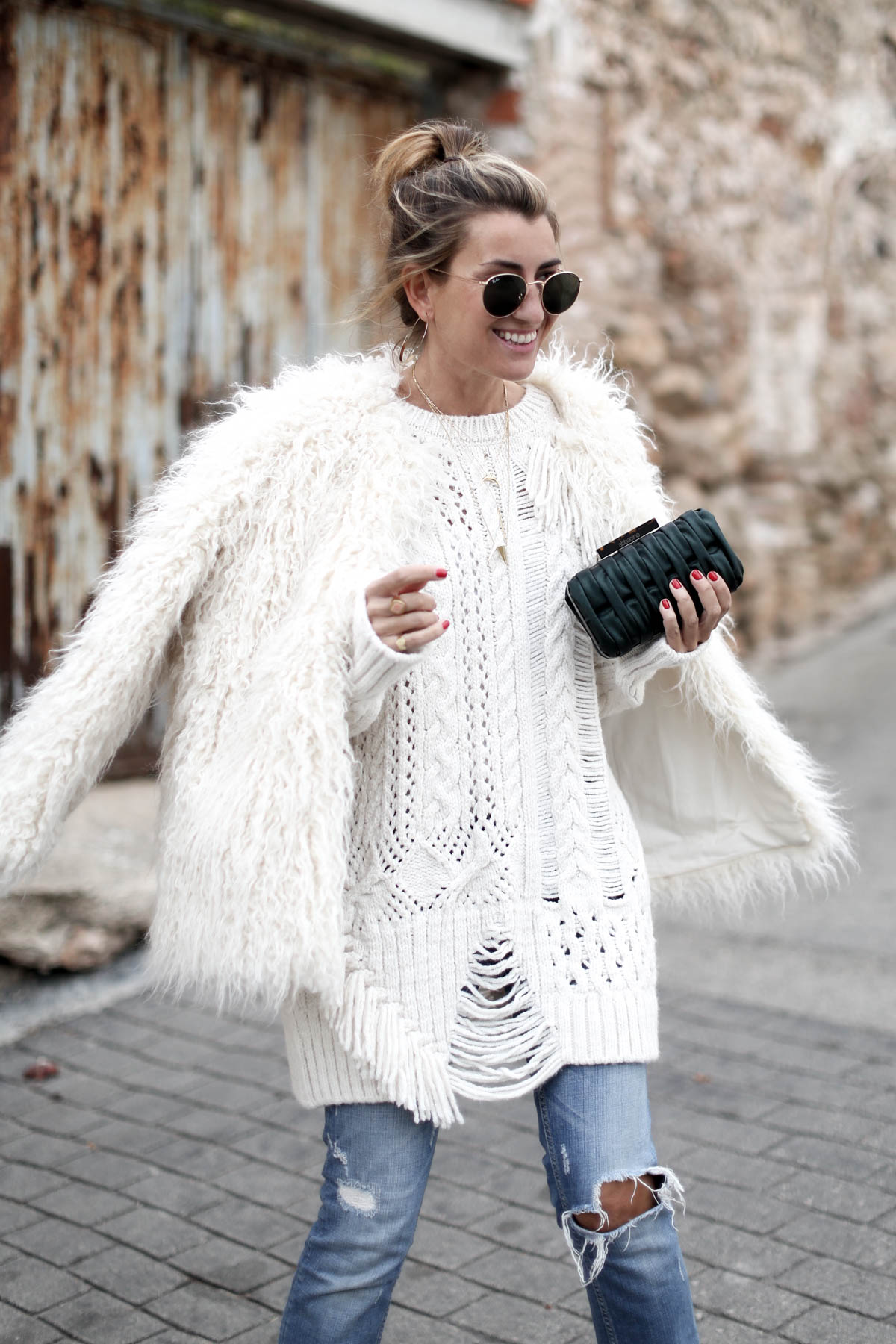 IN SOFT COLORS FOR WINTER-103861-bartabacmode